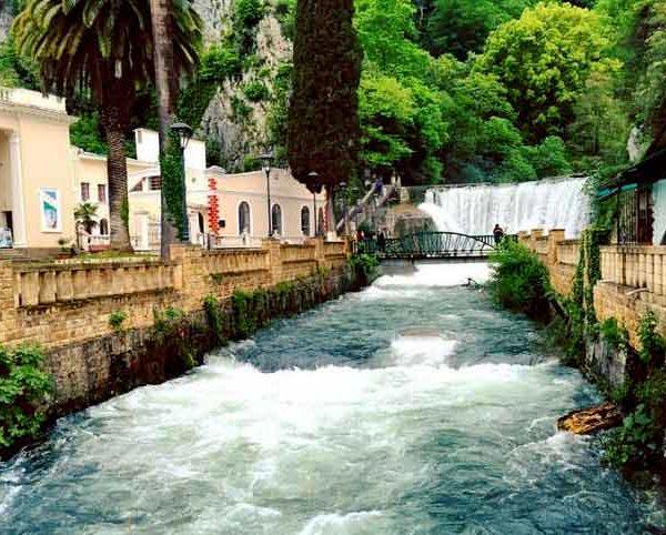 Экскурсия Новоафонский водопад Абхазия